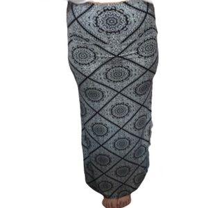 E&K Maxi Skirt - L